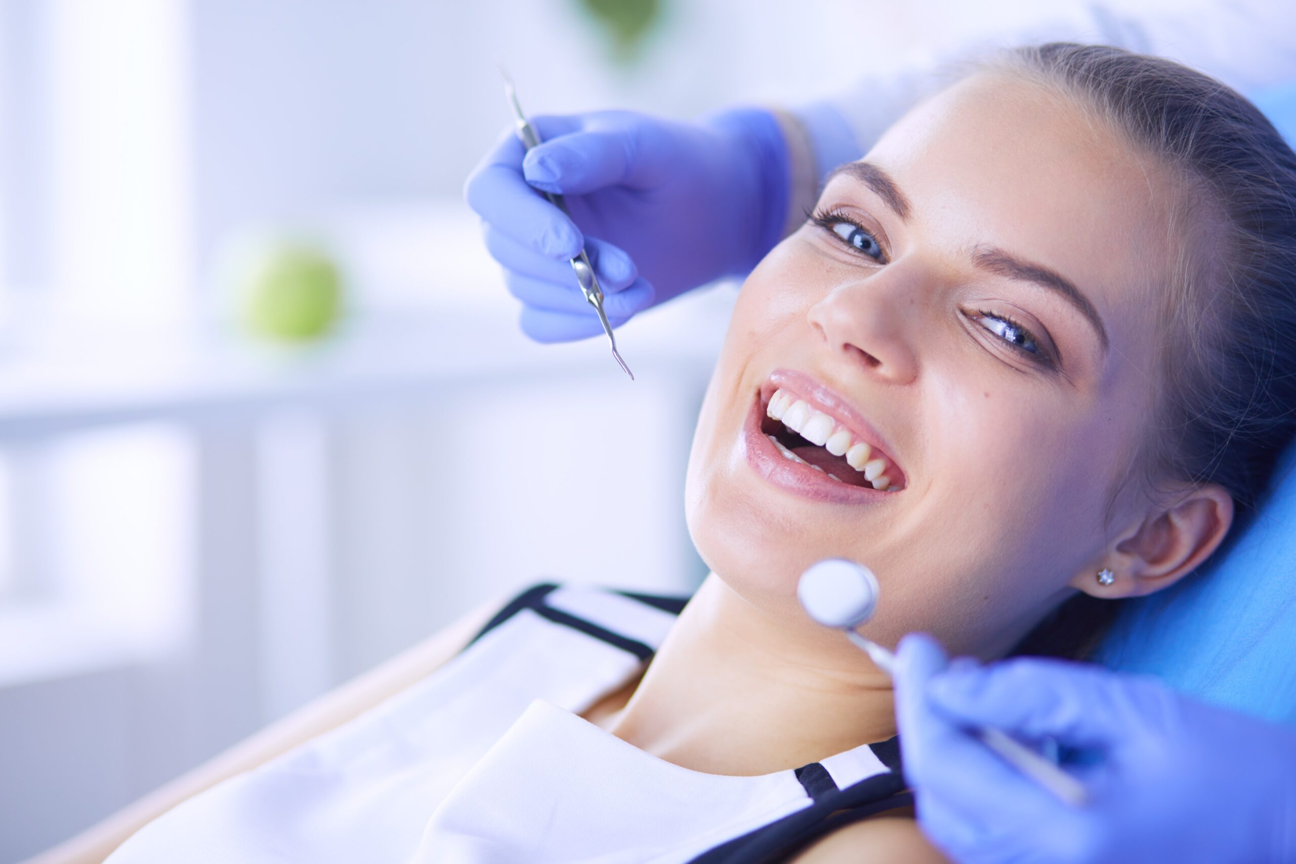When is It Time to Go to an Emergency Dentist?